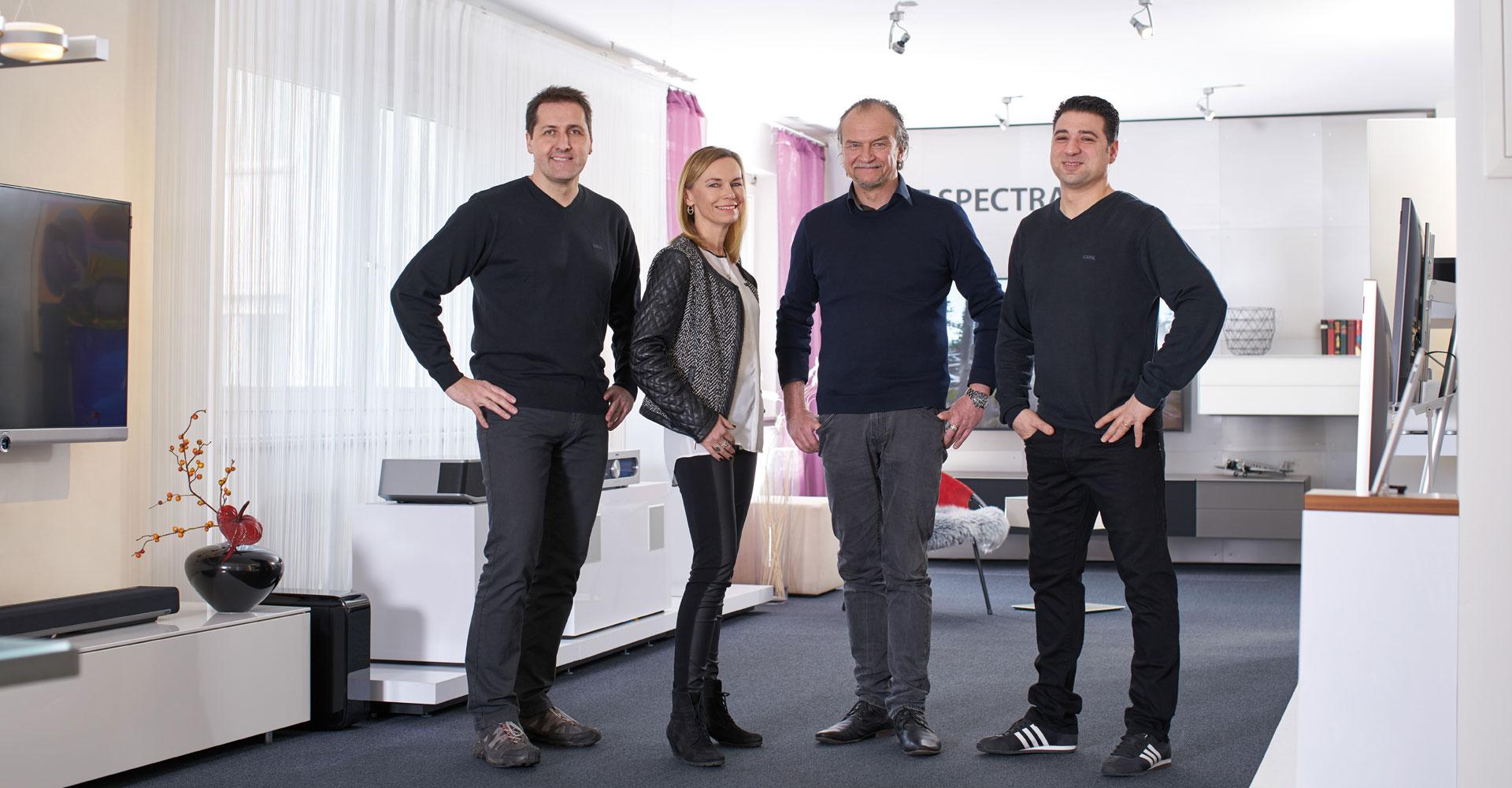 Loewe Galerie Schuh - Team